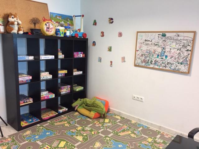consulta-crecer-psicologia-infantil-sevilla-2